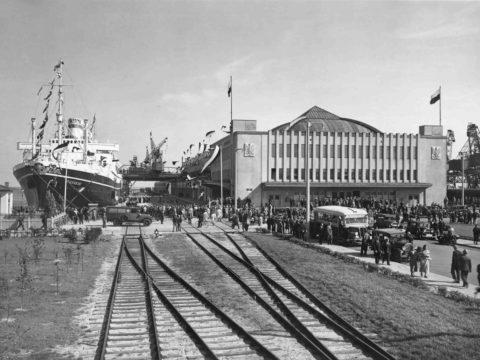 Dworzec Morski w Gdyni, zdjęcie z 1938 r. Fot. Wikipedia
