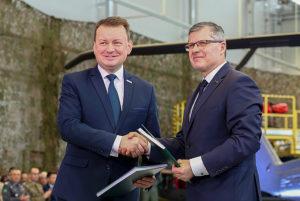Podpisanie umowy na dostawę śmigłowców. Fot. PZL Mielec