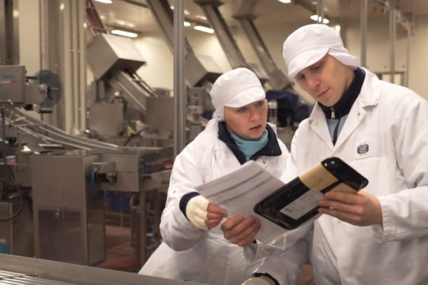 Pracownicy Hilton Foods w Tychach