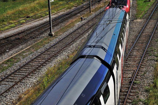 Trakcja kolejowa