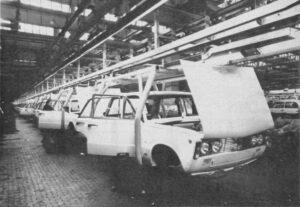 Produkcja Fiata 125p. Fot. Wikimedia Commons.