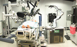 Robot chirurgiczny fot. Wikipedia