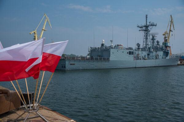 Okręt Marynarki Wojennej RP. Fot. Facebook.