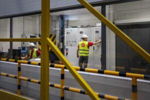 Nowa fabryka w Wykrotach